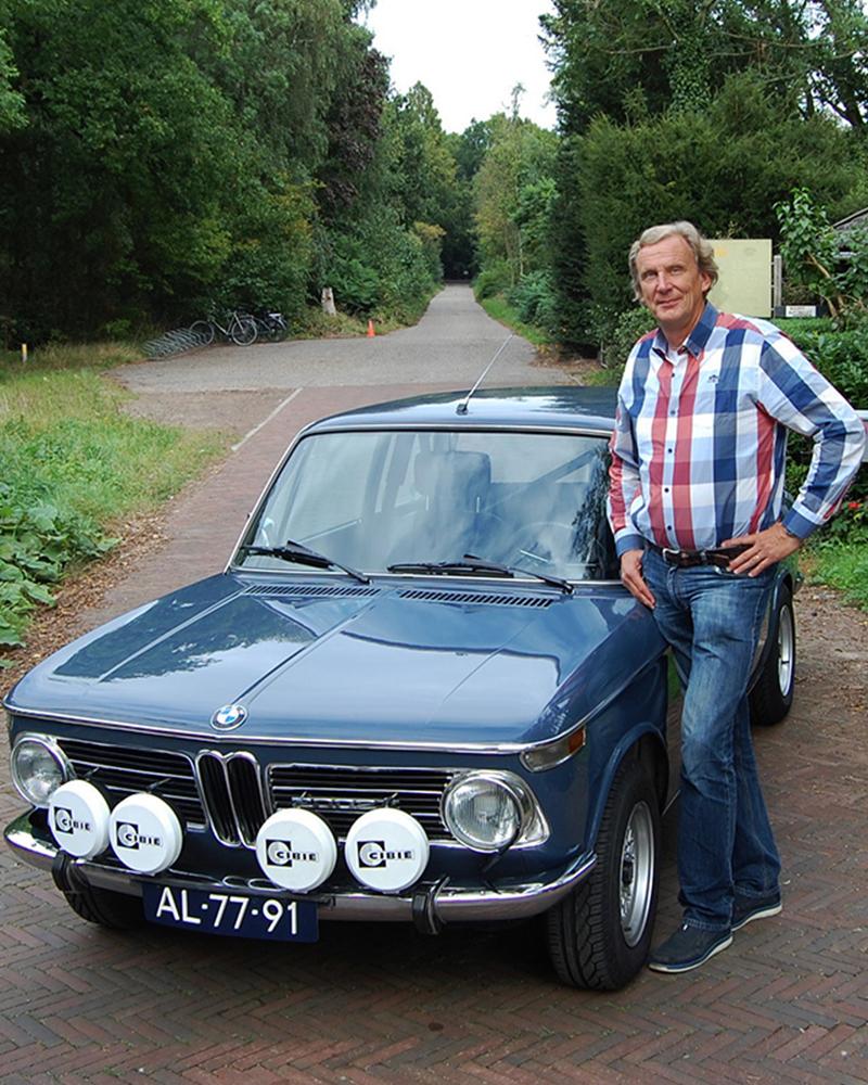 Aernout bij de BMW
